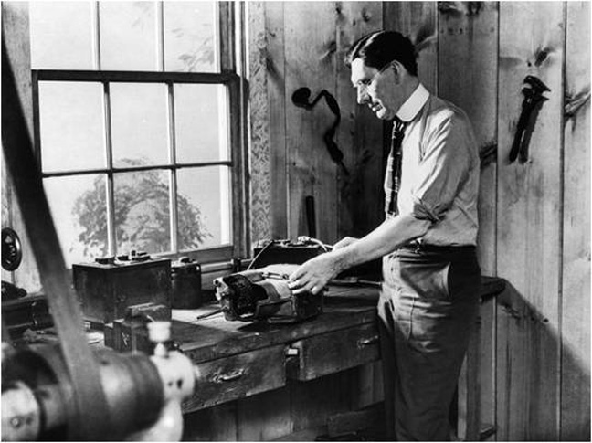 Charles Kettering In His Work Dayton Oh 1909 Working On The Self Starter Invention Made Starting Of A Vehicle With An Internal